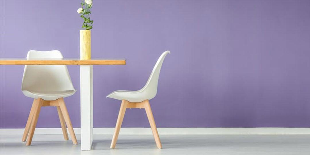 صندلی رنگ بنفش